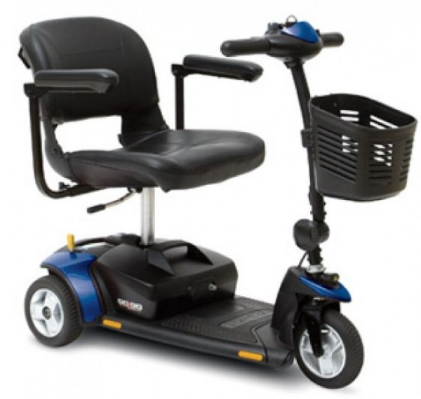 Pride Gogo Elite Traveller 3-wheel in blue